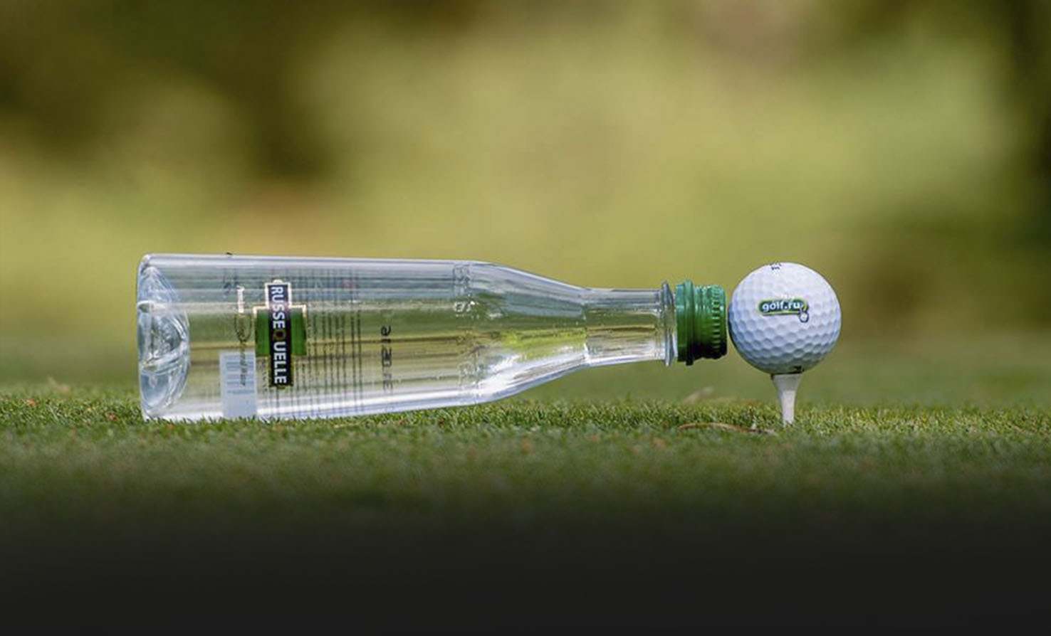 PLAY GOLF - DRINK RUSSEQUELLE